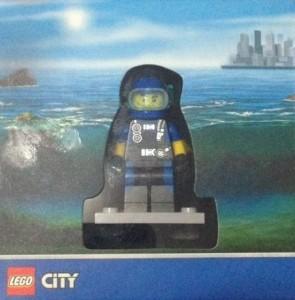 City Explore Diver