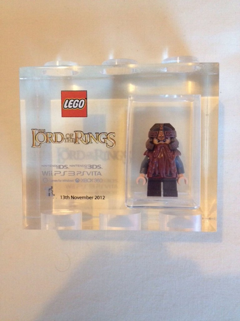 TT Games Lord of the Rings GIMLI Acrylic Minifigure Trophy