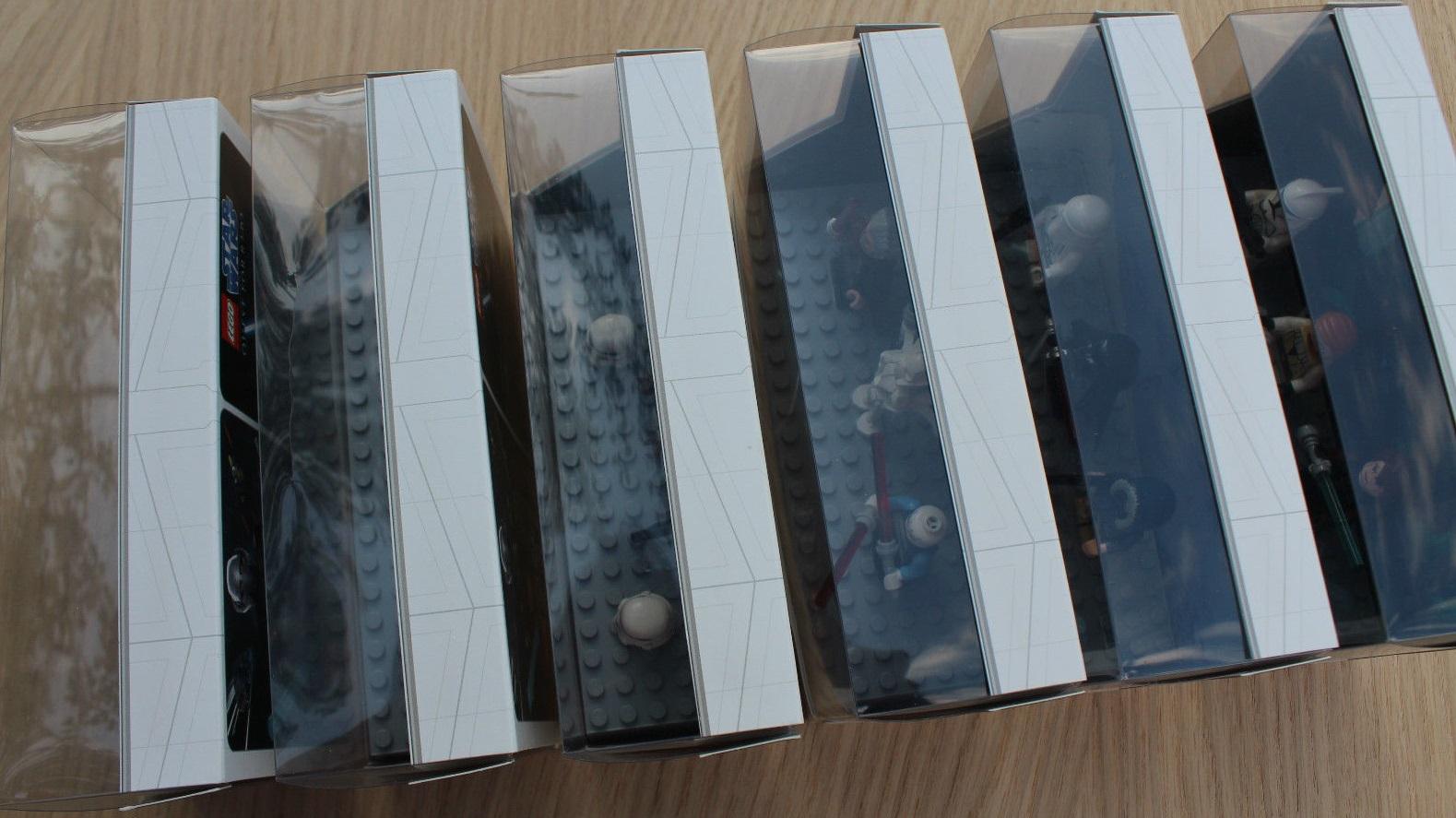 Lego SDCC 2009 Dislay Sets Back