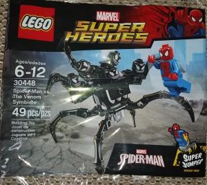 Lego 30448 Spider Man v Symbiote Venom Minifigure Front
